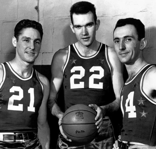 Bob Cousy, Bill Sharman, Ed Macauley (celticspride.pixnet.net)