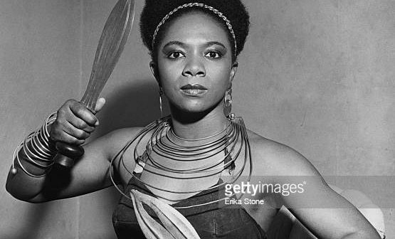 American dancer and choreographer Pearl Primus (1919 - 1994), circa 1950. (Photo by Erika Stone/Getty Images)