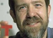 """Alexey Leonidovich Pajitnov, nascido em 1956, mudou-se para os EUA em 1991 e fundou a Tetris Company. Entre muitos trabalhos, participou do design de """"Yoshi's Cookie"""" (SNES) e fez """"Hexic HD"""", para o Xbox 360"""