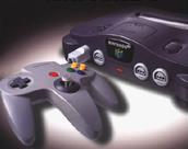 Nintendo 64 é lançado no Japão e, como o Sega Saturn, sofre com a falta de jogos