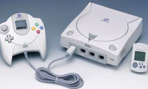 Equipado com modem, navegador para internet e acessórios como mouse e teclado, o Dreamcast estava à frente de seu tempo. No entanto, não acumulou força o suficiente para combater a chegada do PlayStation 2, que viria a ser lançado meses depois depois