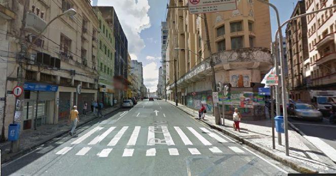 Criada em 1549, por Tomé de Souza, então Governador-Geral do país, a via é considerada a primeira da história do Brasil - (Foto: Reprodução/Google Street View)