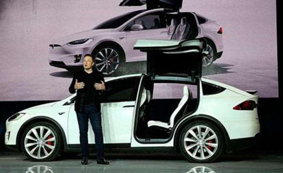 """Elon Musk destacou na apresentação do Model X que """"a missão da Tesla é acelerar o advento do transporte sustentável"""" (Foto: Getty Images)"""