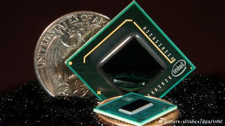 Um dos primeiros microprocessadores no mercado, em 1971, pela Intel