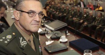 Comandante do Exército, general Eduardo da Costa Villas Bôas
