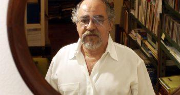 O escritor e antologista Flávio Moreira da Costa, em 2005
