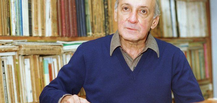 José Ramos Tinhorão, foi um dos pilares da crítica musical brasileira, publicou dezenas de livros sobre música brasileira e portuguesa