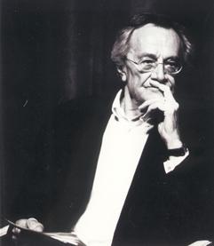 Um dos primeiros estudiosos a teorizar sobre o pós-modernismo, expressão egressa das artes plásticas